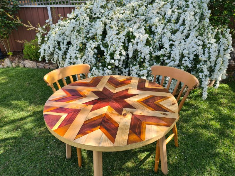 Round Barn Quilt Table which is a feature for Waste Not Wednesday-236 by Anitas Unique Creations | www.raggedy-bits.com