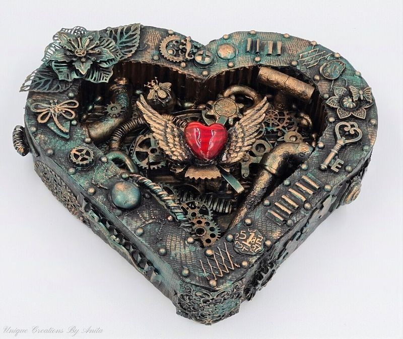 3D Steampunk Heart which is a feature for Waste Not Wednesday-240 by Unique Creations By Anita | www.raggedy-bits.com