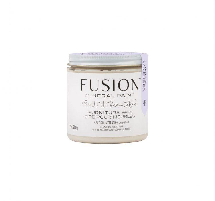 Fusion Mineral Paint - Fields of Lavender Wax | www.raggedy-bits.com | #raggedybits #DIY #paintedfurntiure #finish #fusionmineralpaint