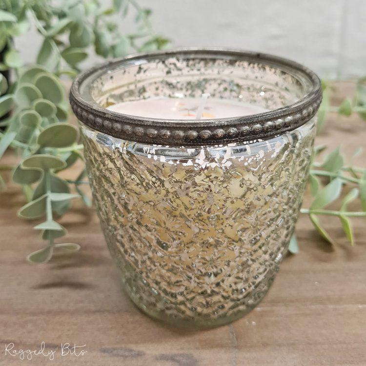 Farmhouse Mercury Glass Vanilla Scented Candle | www.raggedy-bits.com | #raggedybits #vanilla #mercuryglass #candle #homedecor #farmhouse