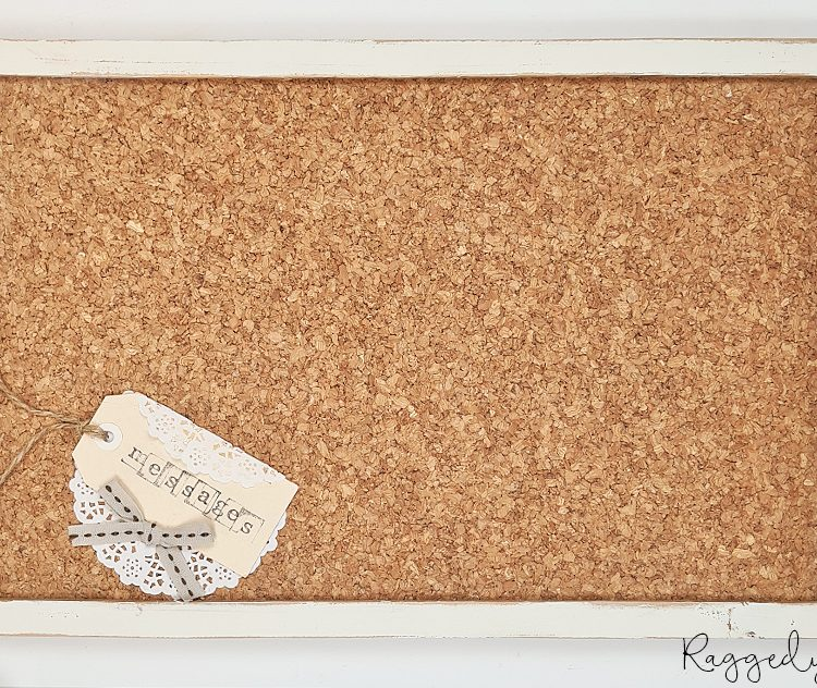 Farmhouse Cork Message Board | www.raggedy-bits.com | #raggedybits #vintage #farmhouse #organise #messageboard
