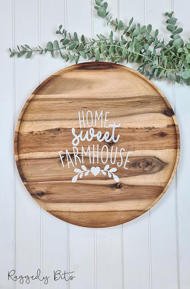 Wooden Home Sweet Farmhouse Tray   www.raggedy-bits.com #raggedybits #farmhouse #sign #woodentray #handmade