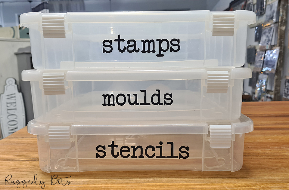 How to organise and label your Moulds, Decor Stamps & Stencils | www.raggedy-bits.com | #raggedybits #DIY #organise #labels #stencils #decormoulds #decorstamps #IOD