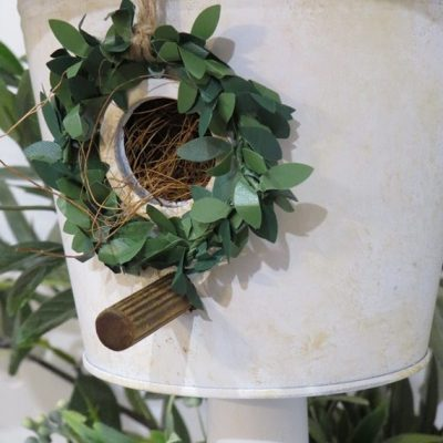 DIY Bucket Bird House | www.raggedy-bits.com | #raggedybits #diy #antique #breadboard #farmhouse #vintage #repurpose #upcycle #homeonthehill
