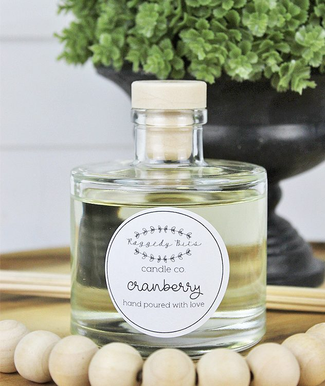 Cranberry Reed Diffuser - Raggedy Bits Candle Co - | www.raggedy-bits.com | #raggedybits #candles #reeddiffusers #homedecor #cranberry
